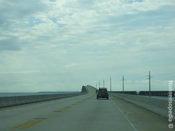 Matkan hupentumia, silta joka ei ole tasassa, uuu