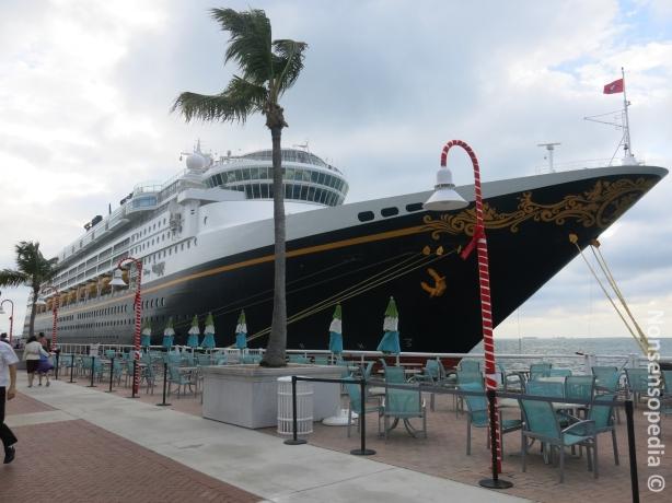Disney Wonder, joka tavattiin myöhemmin Nassaussakin