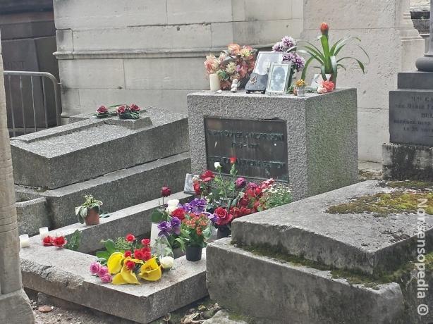Morrisonin haudalla